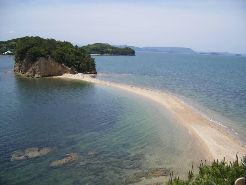 エンジェルロード5 ©(一社)小豆島観光協会