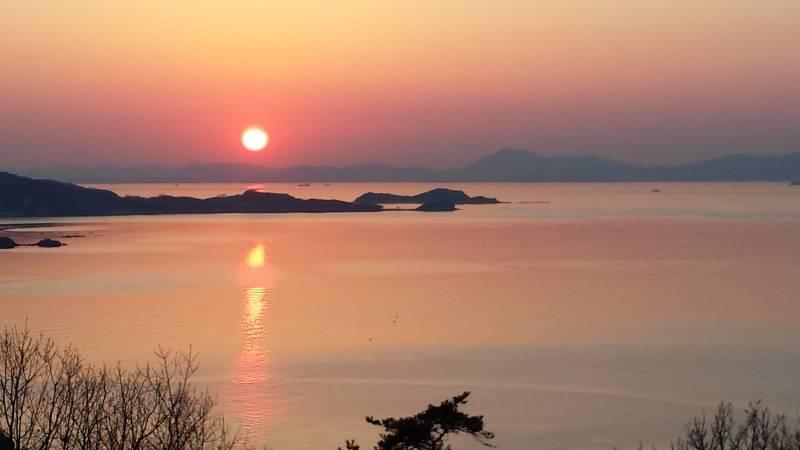 屋形崎夕陽の丘  ©(一社)小豆島観光協会