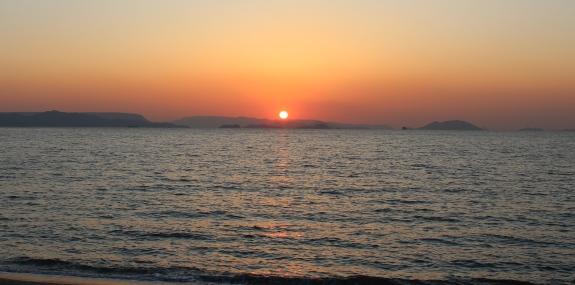 夕陽スポット -三都半島-