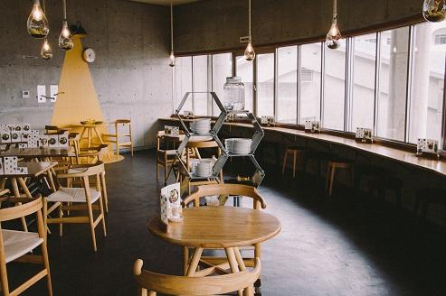 カフェ オリヴァス ―道の駅小豆島オリーブ公園―